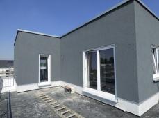 Dachterrasse, farblich in anthrazit abgesetzt
